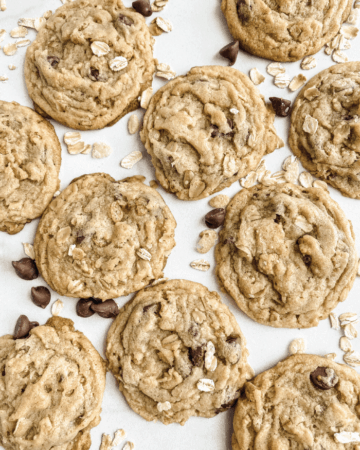 One-Cup-Chocolate-Chip-Cookies-Recipe-Feature