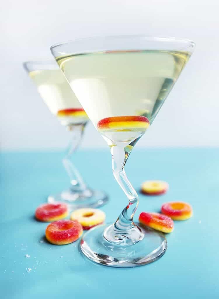 Peach martini recipe sweet peach martinis 3 ingredients